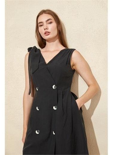 Setre Siyah Kruvaze Bele Oturan Diz Altı Elbise Siyah